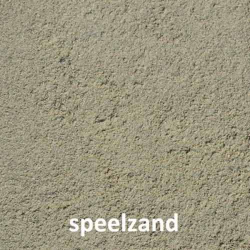 Geschikt voor sportvelden, zand- en speelbakken en paardenbakken. M3C zand voert snel water af door de grove en hoekige korrel. Omdat er geen steentjes, schelpjes en andere vervuiling in M3C zand zit, is het zeer geschikt om te gebruiken onder kunstgrasvelden.We leveren in een bigbag